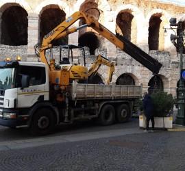 Manutenzione piazze, vie comune di Verona